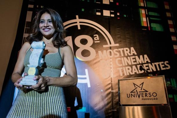 A atriz Dira Paes recebe homenagem na Mostra de Cinema de Tiradentes (Divulgação)